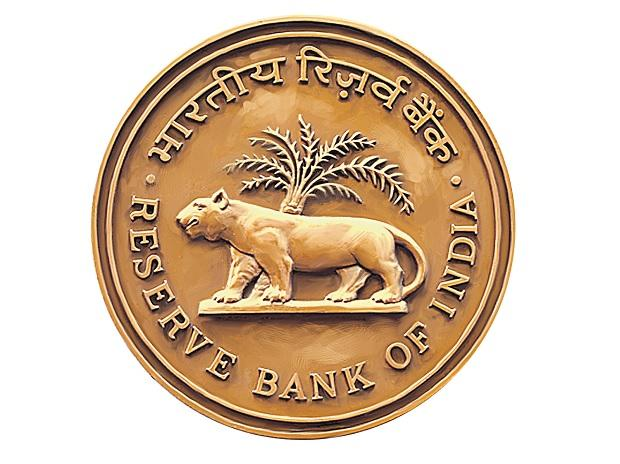 Monetary policy pause likely for entire year as Covid cases rise: BS poll